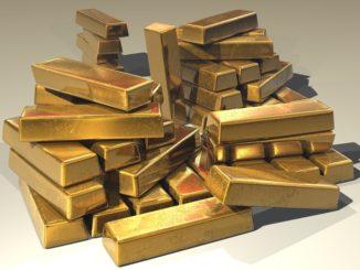 Volné peníze vložte do zlata a nemovitostí